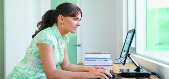 Participación de mujeres en tecnología no supera el 5% en Chile