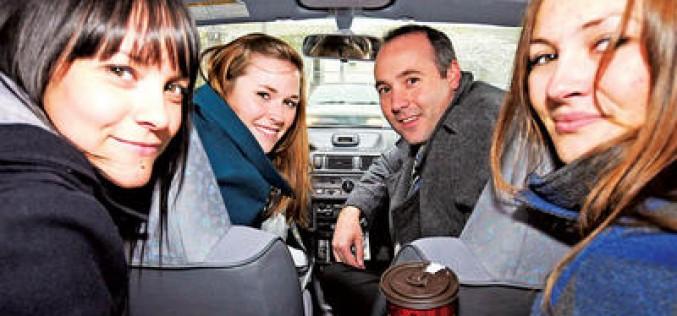 Llega a Chile portal que invita a compartir el auto