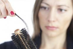 Conoce estos mitos y realidades sobre la caída del cabello