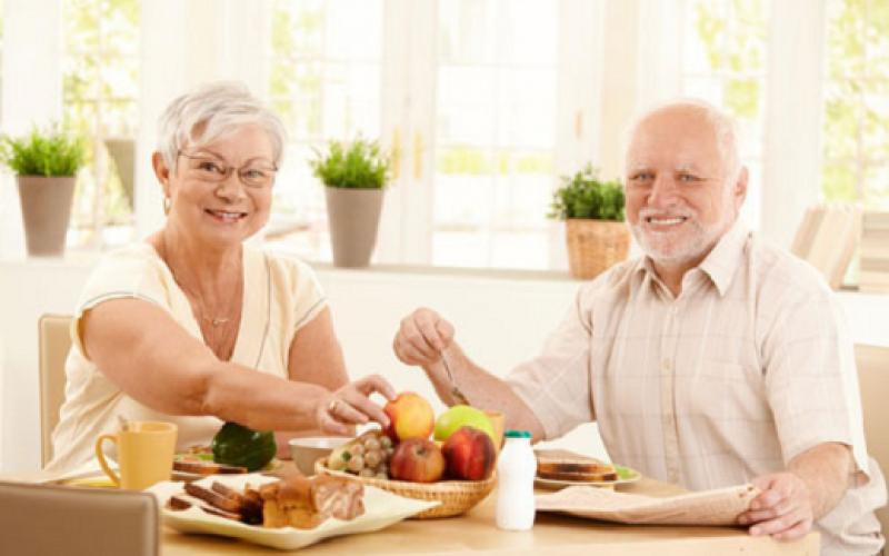 Alimentacion saludable para adultos – Comiendo dieta correcta