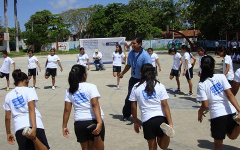 Expertos consideran clave aumentar las horas de educación física en los colegios