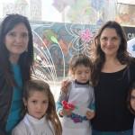 Matilde Burgos e hija, Antonia Zegers y sus hijos
