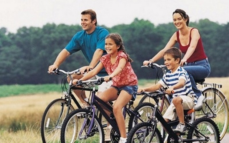 Cómo prevenir lesiones por andar en bicicleta