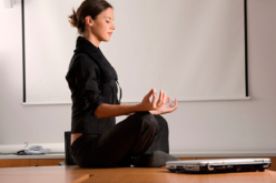 Meditar en la oficina, ¿la solución al estrés?