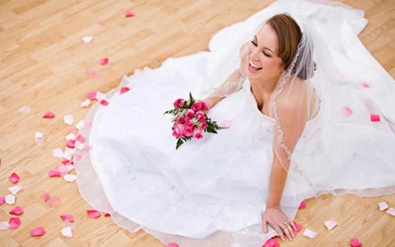 Dato imperdible: venta de garaje para novias