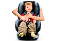 Aprenda la correcta instalación de silla de retención de niños
