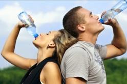 Conoce cómo hidratarte según tu edad y etapa de la vida