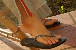 Por qué se resecan los pies y cómo tratarlos