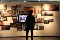 """Exposición """"Reconstrucción del álbum familiar"""" invita a retratarse en familia"""
