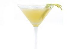 Descubre estas recetas para disfrutar un cóctel al atardecer