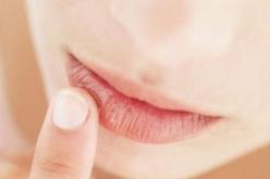 ¿Cómo podemos cuidar nuestros labios en invierno?