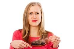En octubre se acentúa la caída del cabello