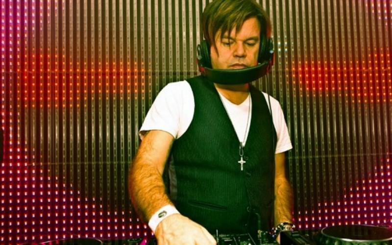 Destacado DJ Paul Oakenfold prepara fiestas en Chile