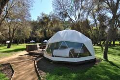 Conoce Indomo Casablanca: el lugar donde se une todo el lujo de un hotel pero en un ambiente de camping