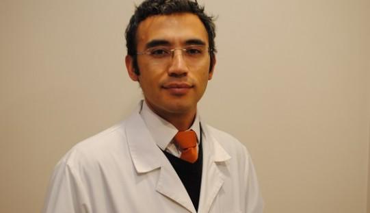"""Doctor Marcelo Farías: """"Es importante apoyar el embarazo de la mujer en edad fértil"""""""