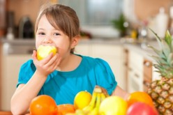 Tips para que los niños coman sano durante las vacaciones de invierno