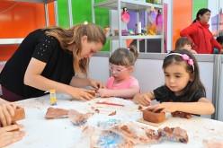 Entretenida feria gratuita y creativa para los menores en Ñuñoa