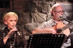 Disfruta de la música de Carmen Barros & La Boite en Pirque