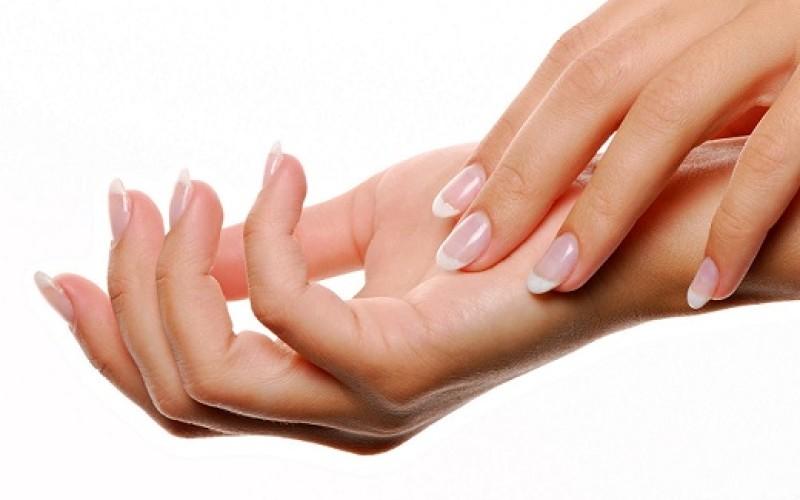 ¿Cómo cuidar las manos en invierno?  Consejos para evitar que se resequen
