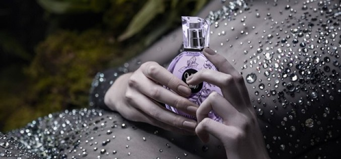 Mía Me Mine, el nuevo perfume de Halloween que atrapará tus sentidos