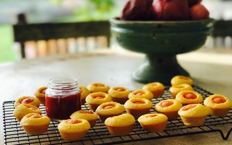 Mini Hotdogs de maíz