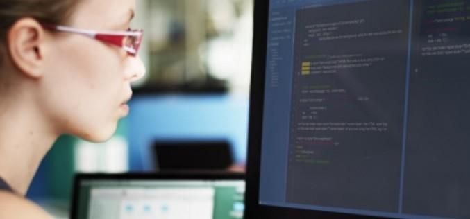 ¿Por qué contratar una Mujer Programadora?