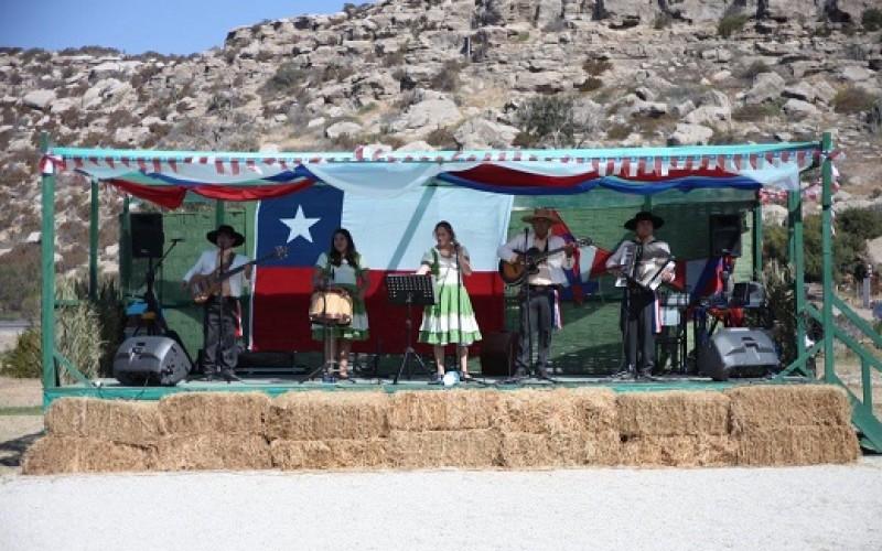 """Vive un Dieciocho """"a la chilena"""" en Puerto Velero"""